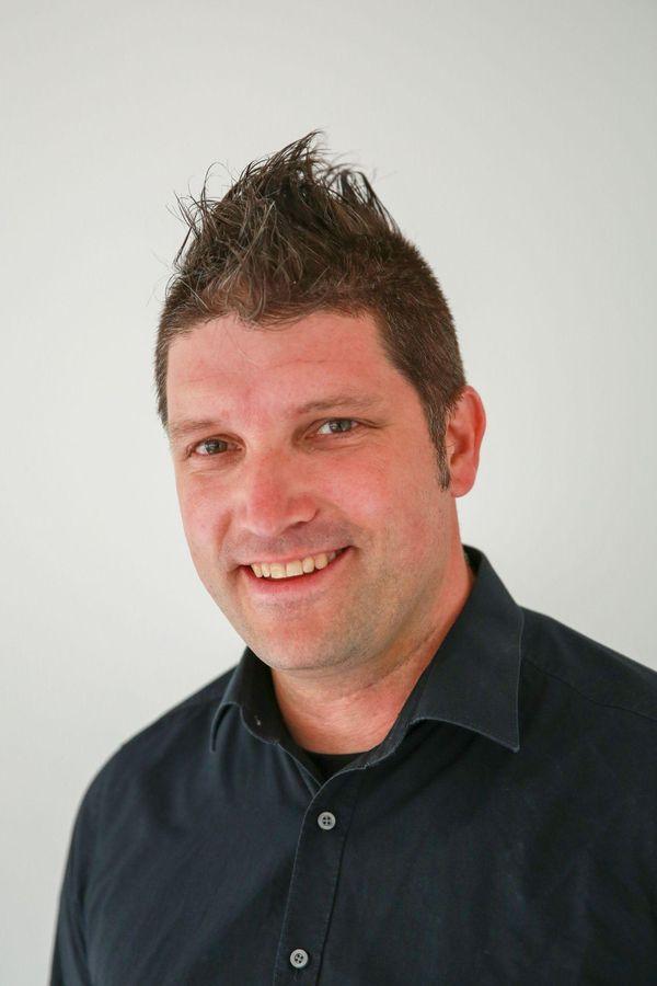 Portrait von Andrew Scheffel, dem Einrichtungsleiter des Pflegezentrums Hephata