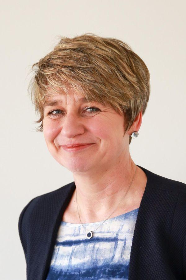 Portrait von Anke Frers, Einrichtungsleitung des Sozialpsychiatrischer Dienstes