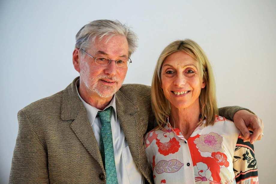 Walter Knöbl und Brigitte Rupp, Arm in Arm.