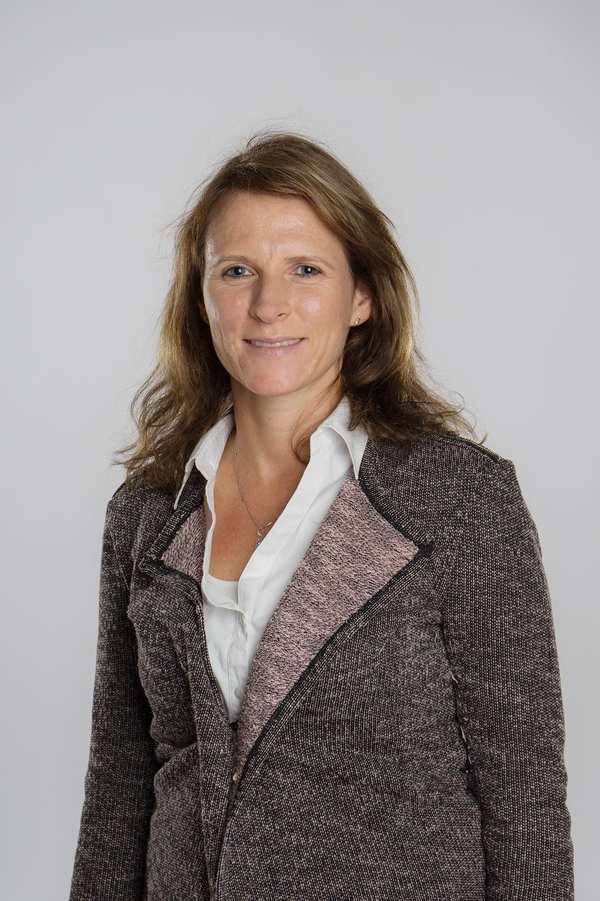 Portrait von Christin Gorecki, der Pflegedienstleiterin der Diakonie Team Noris
